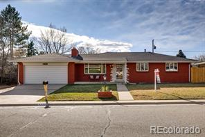 8352 W 70th Place