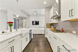 1345 W 67th Place