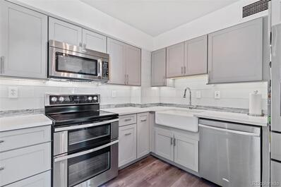 460 S Marion Parkway #706