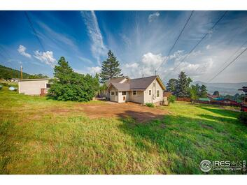 1112  Giant Track Road
