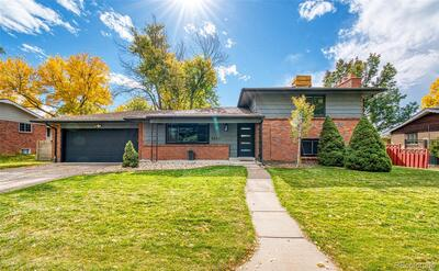 8650 W 69th Place